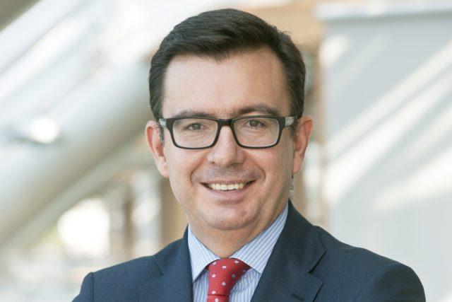 Spain appoints EIB's Roman Escolano as economy minister