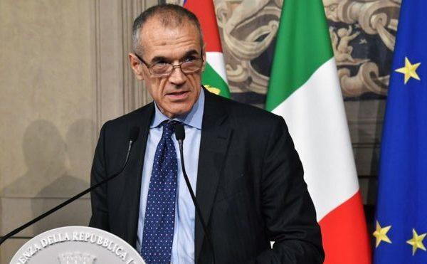 Italy political crisis hits financial markets